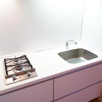 キッチンは2口ガスで使い勝手○