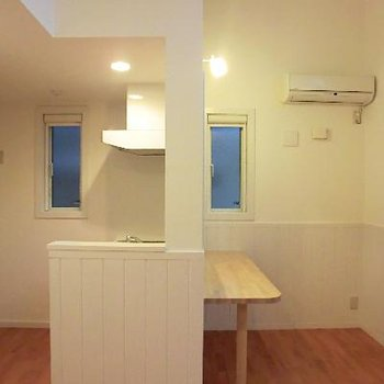 対面式&カウンターキッチン。お一人様ランチを楽しみたい☆※写真は2階の同間取り別部屋のものです