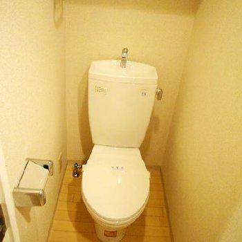 トイレはウォッシュレットなしです。