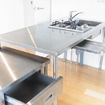 洗練されたキッチンです