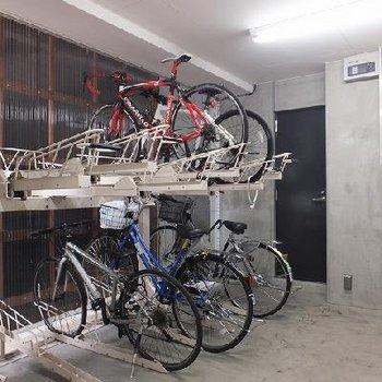 駐輪場置き場もあり!