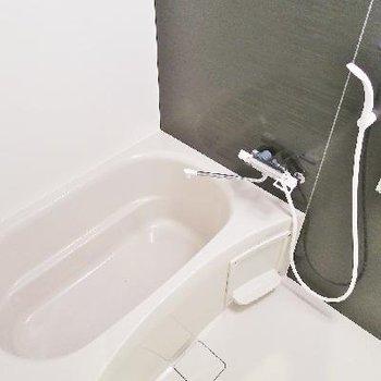 お風呂はこちらに。