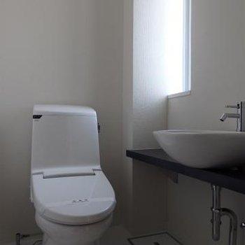 洗面台があるトイレ