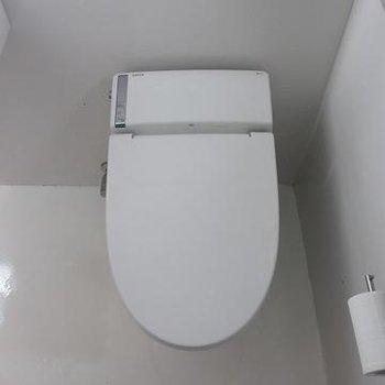 トイレがスマートすぎます。※写真は別部屋です