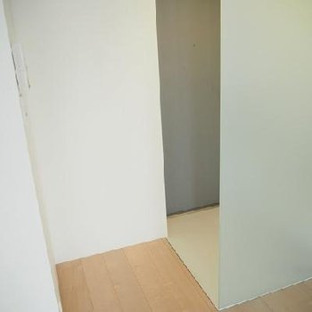 玄関!※写真は同タイプの別部屋です