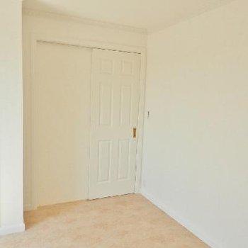 ほら、こっちのドアも素敵!