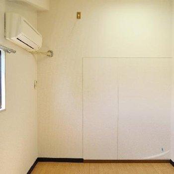 こちらは2階の手前のお部屋です。