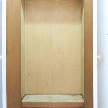 こちらは玄関収納、しっかりと