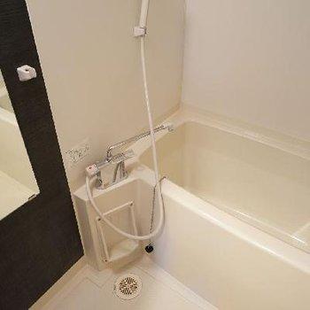 お風呂は乾燥機つき!