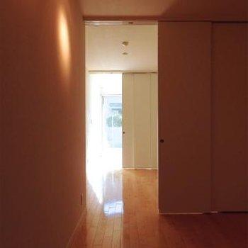 仕切りで空間は自由自在※画像は、同じ間取りのお部屋です