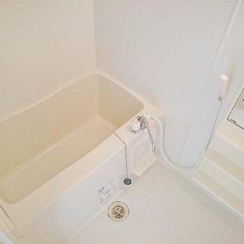 お風呂はオーソドックスですね!