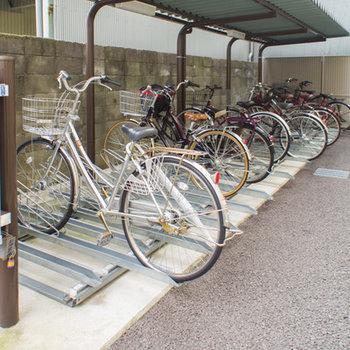 駐輪スペースも専用の場所があります。