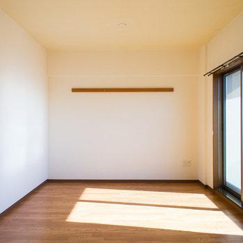 キッチンから見たお部屋です。