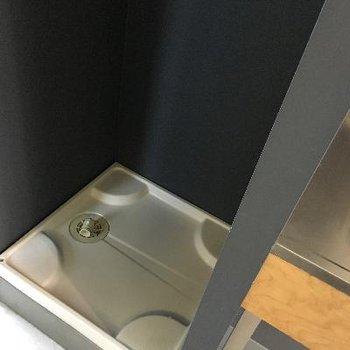 【DK】洗濯機置場は、キッチンの隣に。※写真は前回募集時のものです