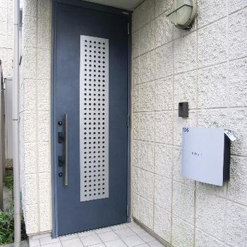 戸建てみたいな玄関♪