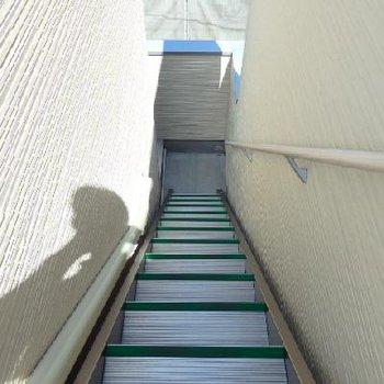 登って行くと...※写真は類似タイプの別部屋です