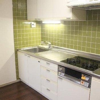 上質の設備が整うキッチン