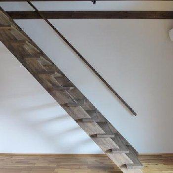 階段は登り降りしやすいです