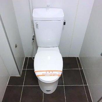 トイレも併設です