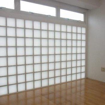ブロックガラスが魅了的!