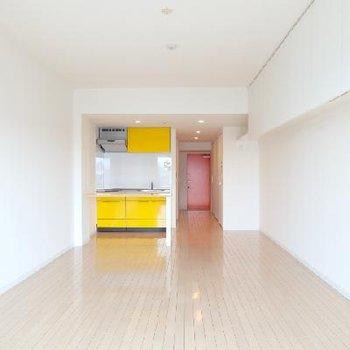 シンプルな空間。自分でアレンジ