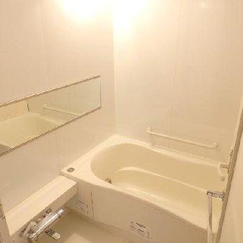 お風呂は追焚付き&浴室乾燥機付き