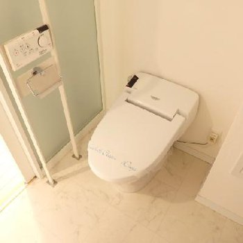 トイレはタンクレス