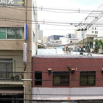 お部屋があるのは住宅街。※写真は301号室
