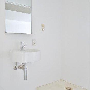 洗面台が可愛くちょこっと。