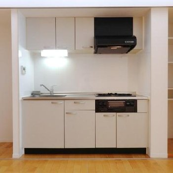 キッチン、ここに隠れてたのか!!