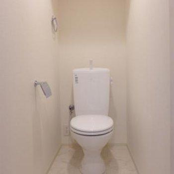 トイレもピカピカ清潔です。