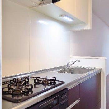 キッチンだってばっちりの設備。