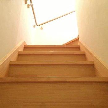 2階へ上がってみましょう。