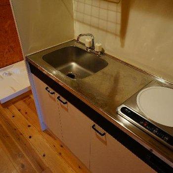 キッチンは1口IHですが、ゆったり♪