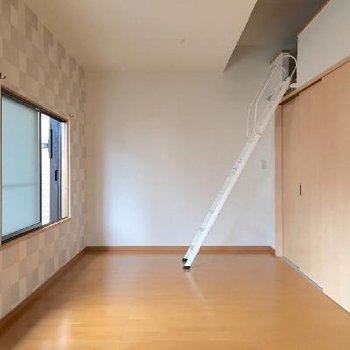 2階に上がってきました。ロフト付きです!