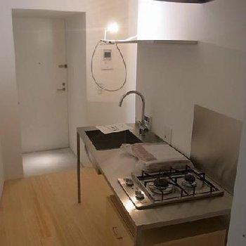 キッチンは部屋と分かれてあるのは使い勝手いいかも※イメージです