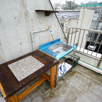 屋上用のキッチンが!