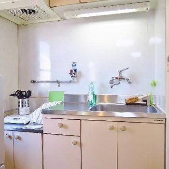 キッチン!ガスコンロも設置できますよ。