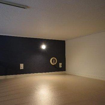 天井は低めですがゆったりした空間♪