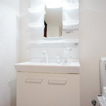洗面台もゆったり!