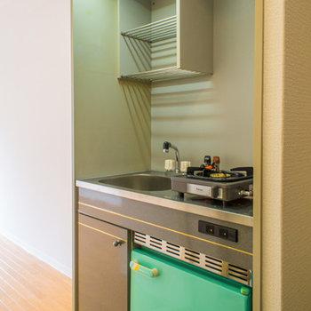 嬉しい冷蔵庫付きですよ!
