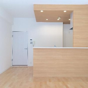 機能性◎カウンターキッチンのあるお部屋。