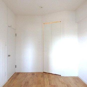 収納力のある寝室に。 ※写真は前回工事した同じ間取りのお部屋