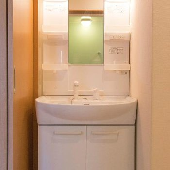 洗面所はこちら