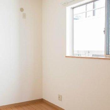 2階、4帖のお部屋