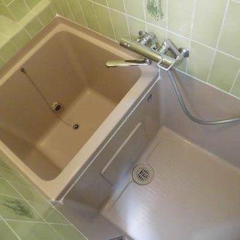 真四角のお風呂