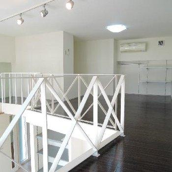 2階のお部屋。収納付きです。