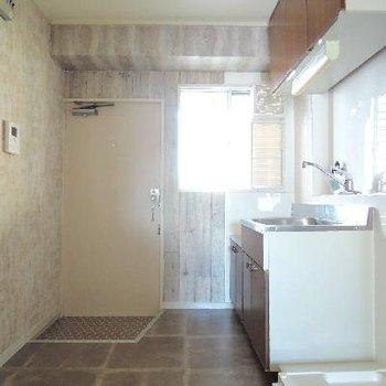 キッチン、トイレ、お風呂がコンパクトにまとまっています。