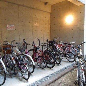 自転車置場もあります