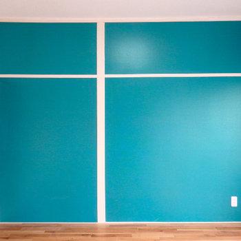 こちらの壁もブルーグリーン